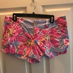 Lilly Pulitzer party girl Walsh shorts size 8